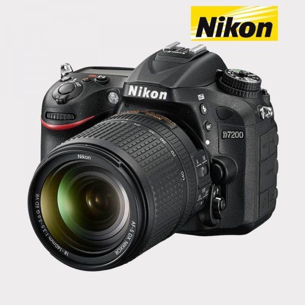 D7200 + AF-S DX 18-140mm VR